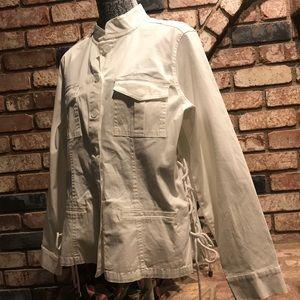 WESTPORT white jean jacket w/cinched side seams.